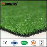 Hierba sintetizada del césped artificial chino de la hierba para ajardinar del jardín