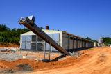 養鶏場の鉄骨フレームの構造の鳥小屋の家