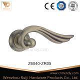 亜鉛合金のZamakのレバーのラッチのローズのドアハンドル(Z6040-ZR03)