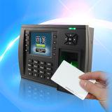 内部IDのカード読取り装置(TFT500/ID)が付いている指紋の時間出席システム