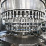 Bouteille PET en plastique automatique Minéraux / l'Eau Pure Jus CHAUD / Boissons gazéifiées CSD de CO2 des boissons non alcoolisées Boissons / boisson énergétique de l'embouteillage de la machine de remplissage