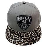 Sombrero de dos tonos con Niza la insignia Nw053