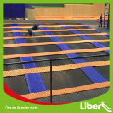 Профессиональный гимнастический крытый парк Trampolin с башней спайдера и олимпийской циновкой