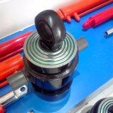 Cilindri di sollevamento idraulici del trattore