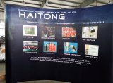 La mostra della fiera commerciale magnetica schiocca in su i basamenti della bandiera del banco di mostra