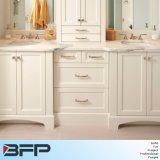 Vanità bianca della stanza da bagno del dispersore della ceramica del controsoffitto di colore scuro dello schermo piatto