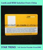 Cartão da identificação do estudante com o código de barras para o cartão chave