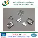 La fusion d'alluminio lavorante parte lavorare delle parti