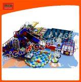 Nouvelle conception d'une glissière plus grande avec un terrain de jeux enfant