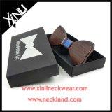 La alta moda Venta al por mayor de madera de pajarita personalizado