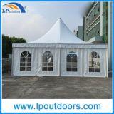 Petit chapiteau extérieur de crête élevée de mariage de pagoda de tente de luxe d'événement
