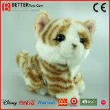 Gatto di Tabby farcito realistico dello zenzero del giocattolo molle