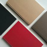 Um notebook em espiral de Papel Kraft5