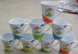 Keramischer Mug&Handpaint keramischer Mug& Form-Becher