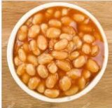 En conserve de haricots cuits au four en sauce tomate, haricot, de fèves de soja cuit au four
