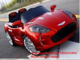 Conduite électrique de gosses sur la conduite d'enfants de véhicule sur le véhicule de jouet de véhicule