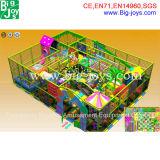 Strumentazione dell'interno del parco di divertimenti, campo da giuoco dell'interno
