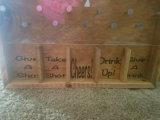 Jeu en bois d'ouvreur de bouteille de Drinko Plinko de jeu de société de Mancave d'usager