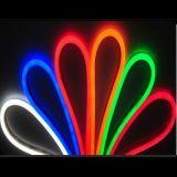 Les lampes au néon LED décoratif pour voitures Décoration LED Lampe atmosphère auto des feux de voiture de la corde de l'intérieur d'Éclairage, feux de corde, feux de bande