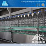 Máquina de rellenar automática del agua de botella para el relleno y capsular que se lavan