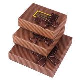 Het Vakje van de Chocolade van het document met past Grootte aan
