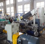Hoher wirkungsvoller pp. gesponnener Beutel 500kg/H, der Extruder-Pelletisierung-Maschine aufbereitet