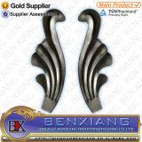 錬鉄によっては装飾用の販売のための部品によって使用されるBalusterが開花する
