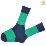 calcetín del algodón de los hombres 84n