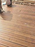 繊維によって編まれるタケが付いている屋外の床タイル