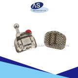 Auto ortodontico del metallo parentesi/MIM di Lligating di auto che lega le parentesi graffe
