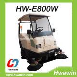 Spazzatrice di pulizia della strada con il tetto dell'automobile di golf ed il parabrezza anteriore