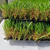 Tappeto erboso artificiale dell'erba di prezzi di fabbrica per il giardino