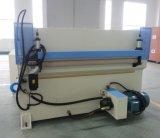 PLC 150t queAlimenta a imprensa de nylon plana da estaca