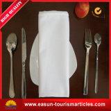Preiswerter Tisch-Serviette-Tuch-Falz-Entwurf mit Zoll stickte