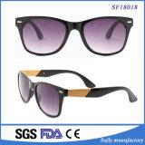 UV400 polarisierte schwarze angestrichene Bambusrahmen-Sonnenbrillen für Männer und Frauen