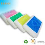 Almohadilla colorida de la espuma de la memoria con el orificio