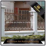 標準的なデザインのカラーによってカスタマイズされる粉の上塗を施してあるアルミニウム庭の防御フェンス