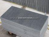 床タイルのための最も安い磨かれたG654暗いインパラの灰色の花こう岩