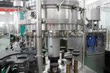 ビールアルミニウムペットのためのジュースによって炭酸塩化される飲み物の生産ラインはできる