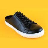 Оптовое выскальзование 2017 на вскользь тапочке резвится черные кожаный ботинки тапочки тапки женщин
