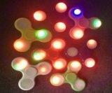 다채로운 LED를 가진 플라스틱 장난감 방적공