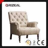 19o C. Cadeira estofada do rolo braço Tufted