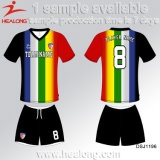 Abiti sportivi uniformi di gioco del calcio dei vestiti della camicia ecologica virile ingegnosa della Jersey