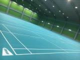 Pavimento di plastica di sport usato per i giochi di corte di volano