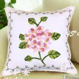 Décoration de broderie de laine en toile de coton Housse de coussin Housse de coussin de conception de fleur style pastorale avec ruban