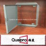 Justierbare Metallzugangstür AP7041 installieren