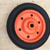 Una rotella di gomma solida da 13 pollici per la carriola Wb3800