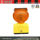 Le feu clignotant LED solaire Barricade (CC-G12)