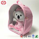 A boneca do luxuoso do bebé embalou no brinquedo macio do saco do PVC