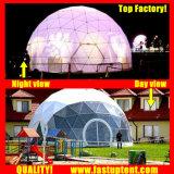 De gebeurtenis blijft stilstaan de Tent van de Koepel van Glamping van de Speelplaats van de Serre van de Toevlucht van Eco van de Projectie